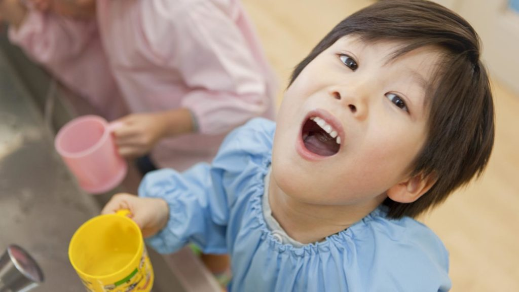Особенности полоскания у ребенка
