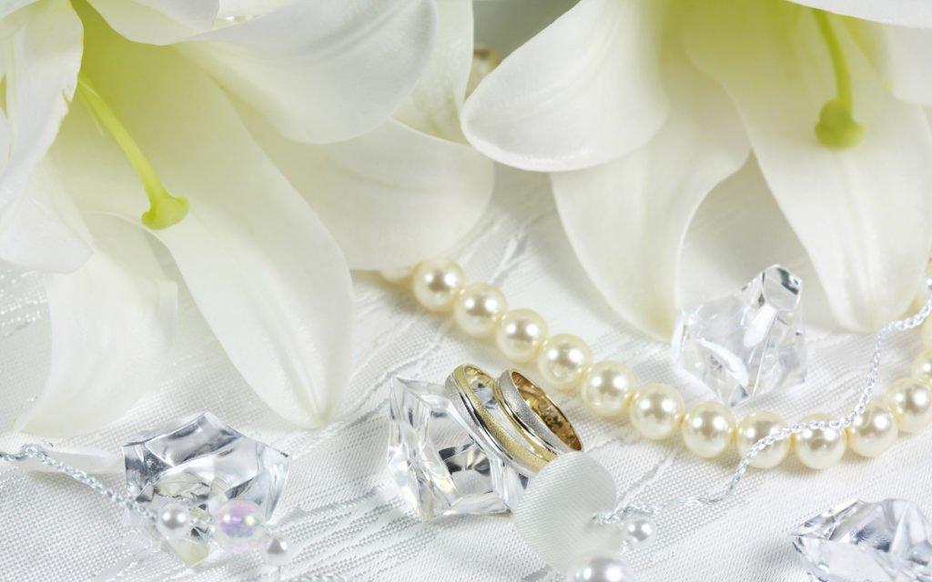 30 лет совместной жизни: какая свадьба, что дарить супругам и как поздравлять
