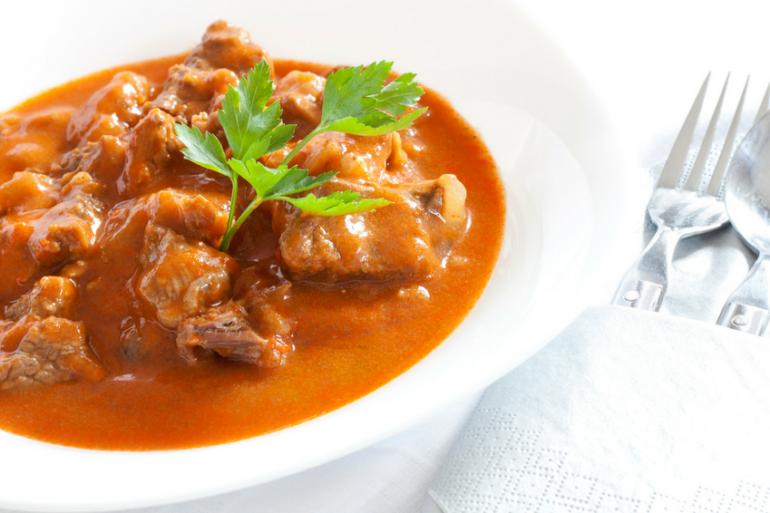 Гуляш – национальное венгерское блюдо