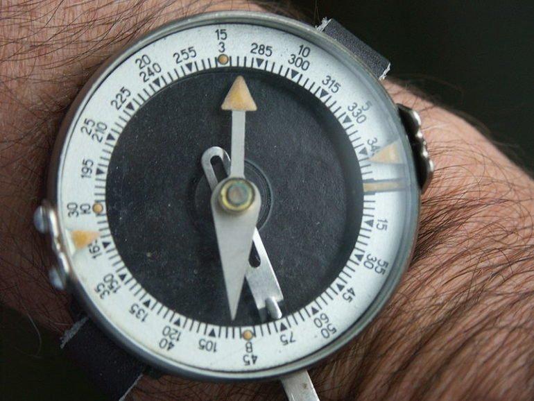 Как пользоваться компасом: основные советы и рекомендации
