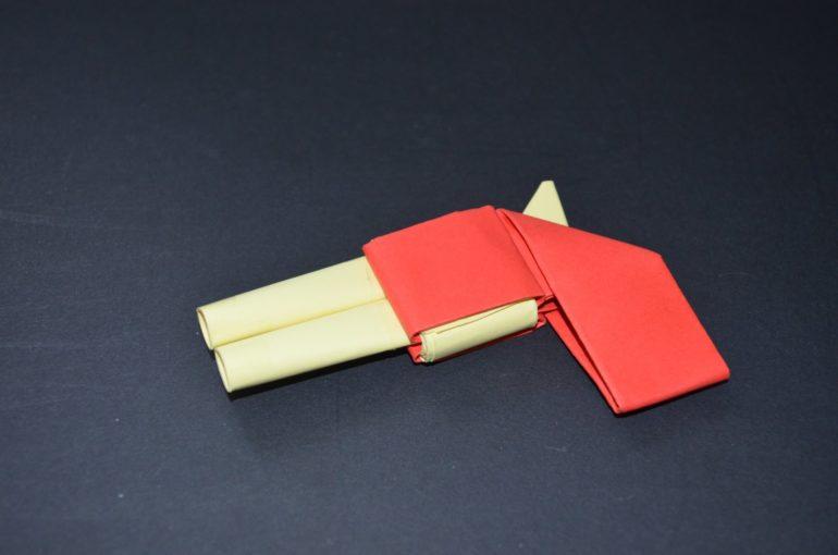 Двуствольный пистолет из бумаги