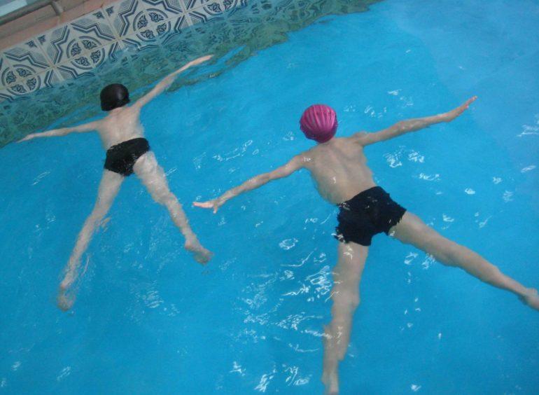 Основные упражнения по обучению плаванию