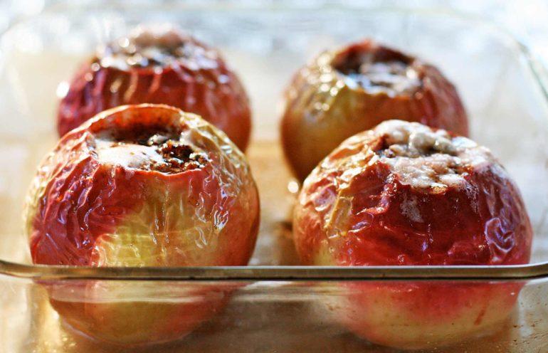 Польза запечённых яблок