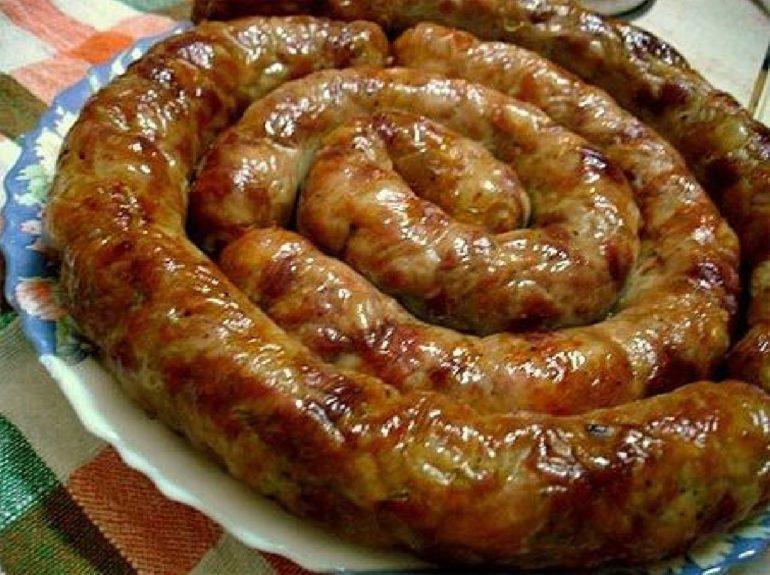 Самые вкусные рецепты домашней колбасы