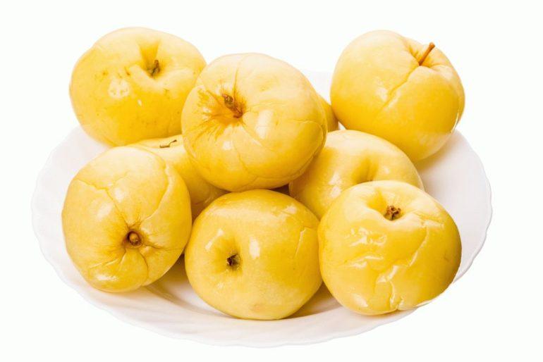 Польза и вред мочёных яблок