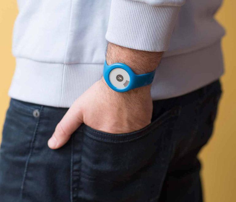 Review of fitness bracelets