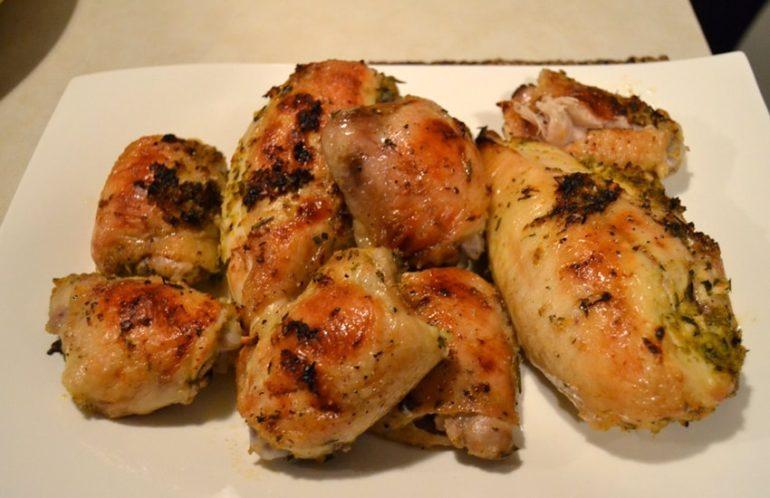 Самые вкусные рецепты куриных бедрышек в духовке