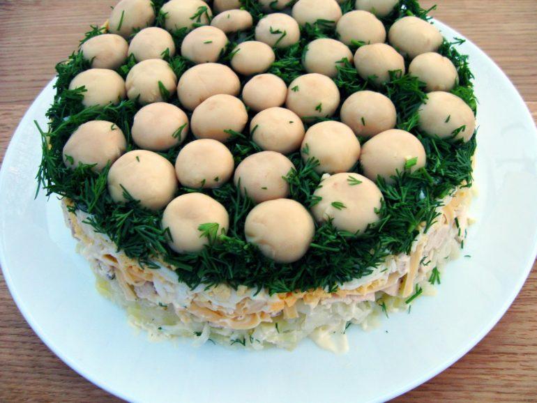 Салат Грибная поляна – украшение праздничного стола