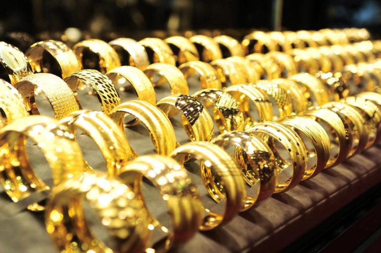 К чему снится золото – толкование сонников