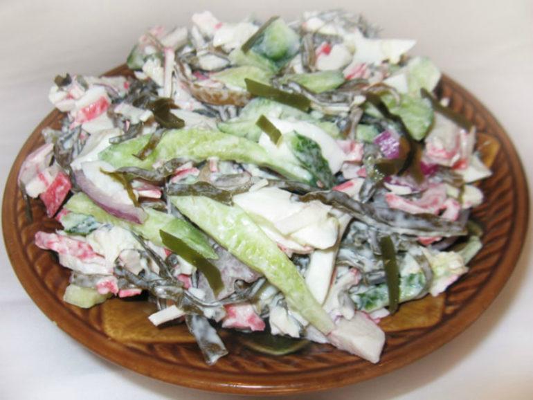 Вариации салата из морской капусты