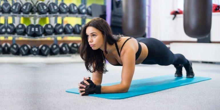 Эффективно ли упражнение планка при похудении