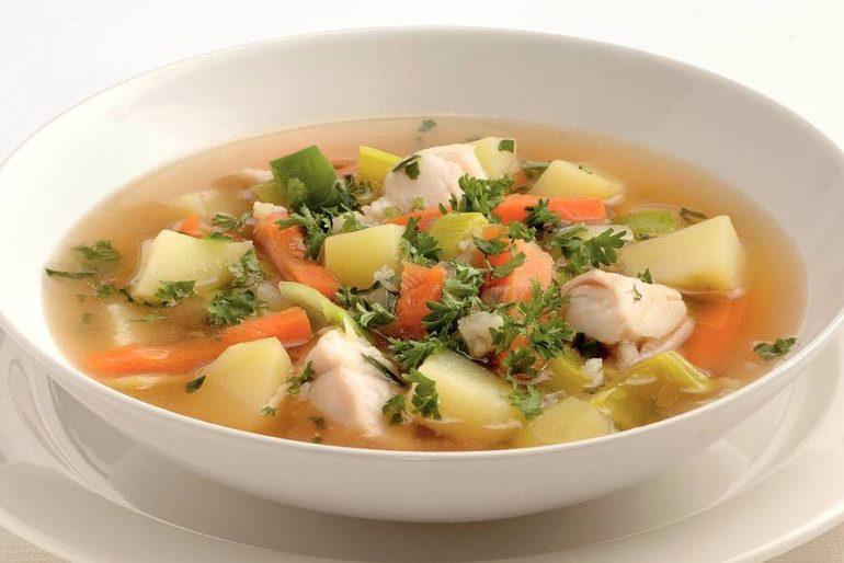 Как приготовить рыбный суп?