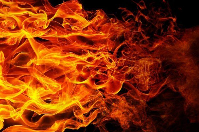 К чему снится огонь или большой костр толкование сновидения популярными сонниками