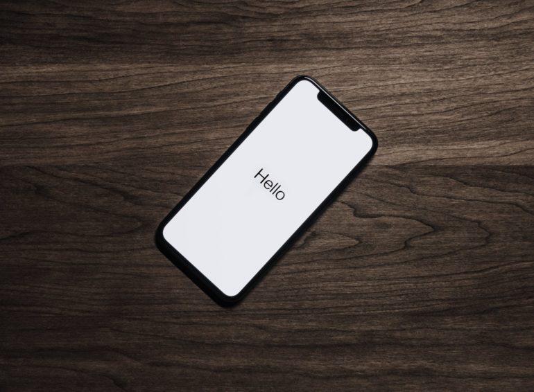 iPhone и смартфон
