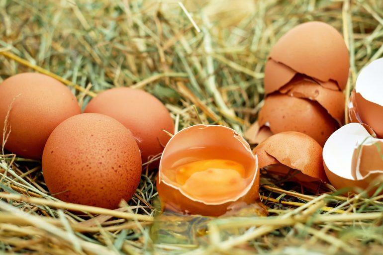 Сырые яйца