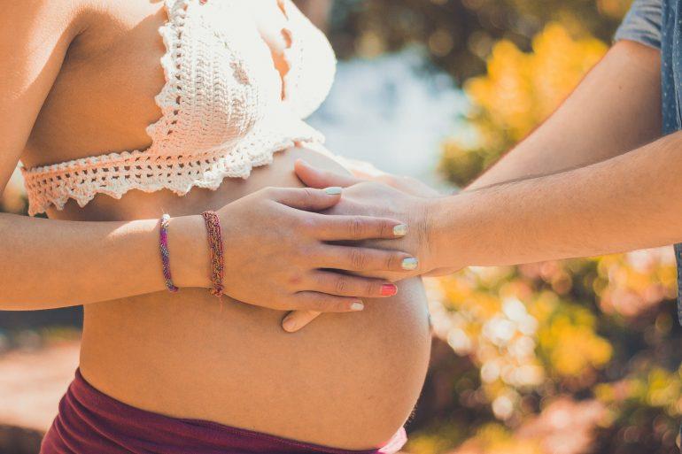 Миндальное масло - использование при беременности и ГВ