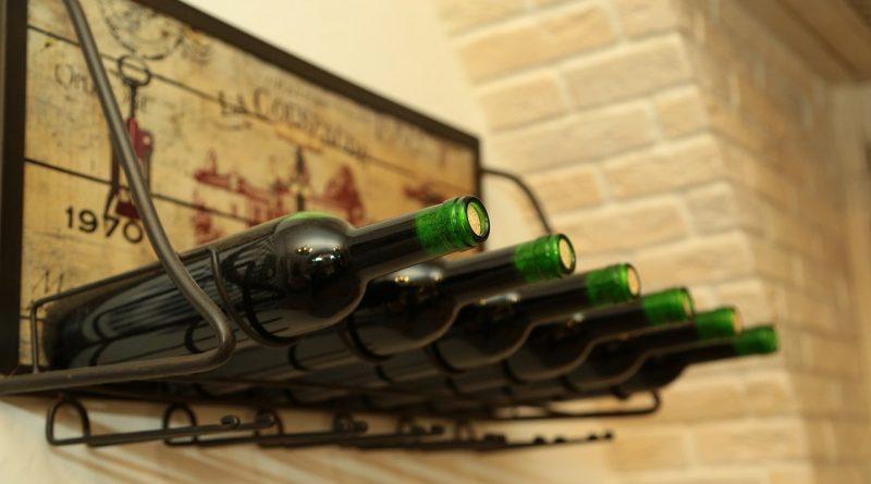 Как сложить стеклянные бутылки в чемодан