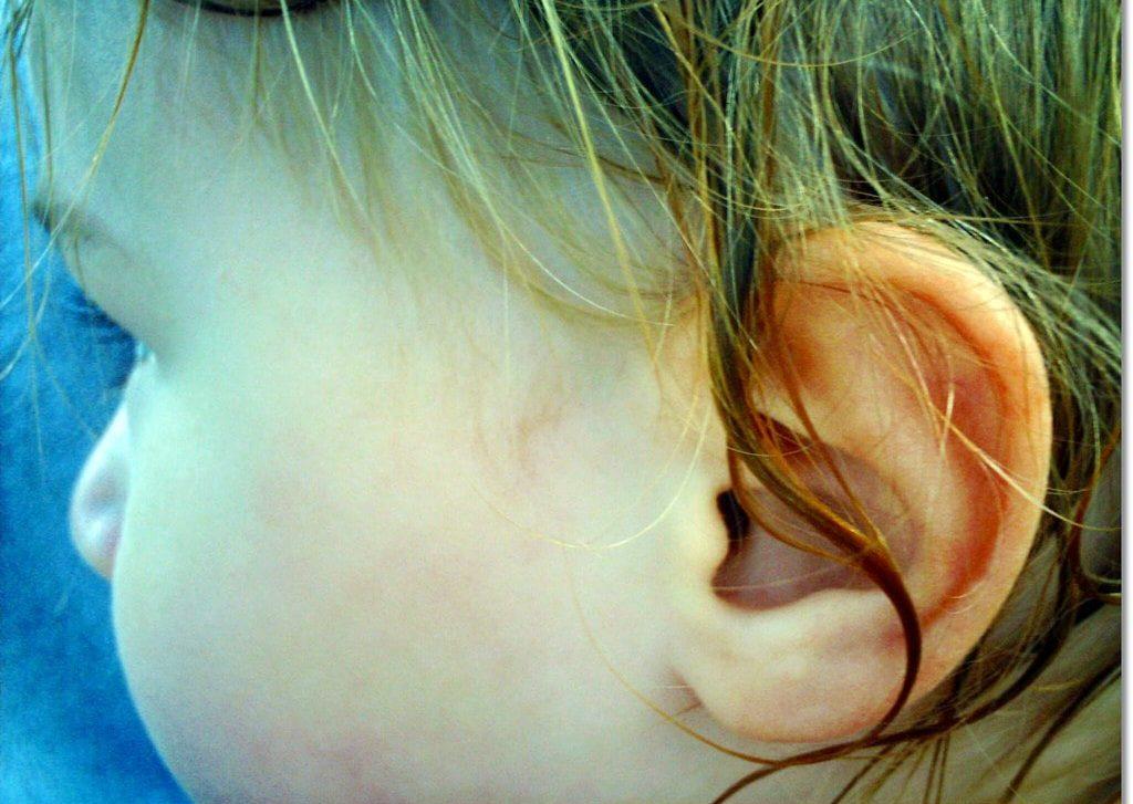 В ухо попала вода
