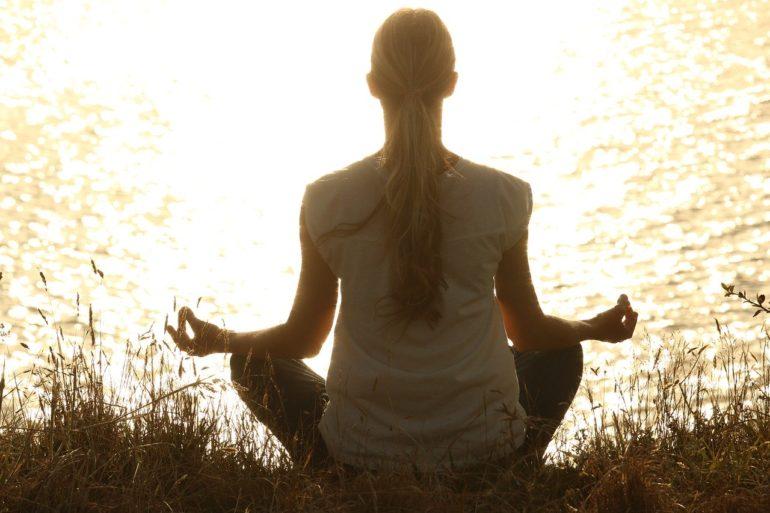 Занимайтесь медитацией