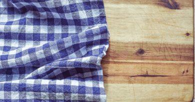 Как почистить разделочную доску